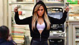 Jennifer Lopez ganó demanda millonaria por su película Hustlers