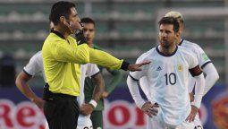 ¿Por qué haces quilombo, boludo? La molestia de Lionel Messi con el preparador físico de Bolivia