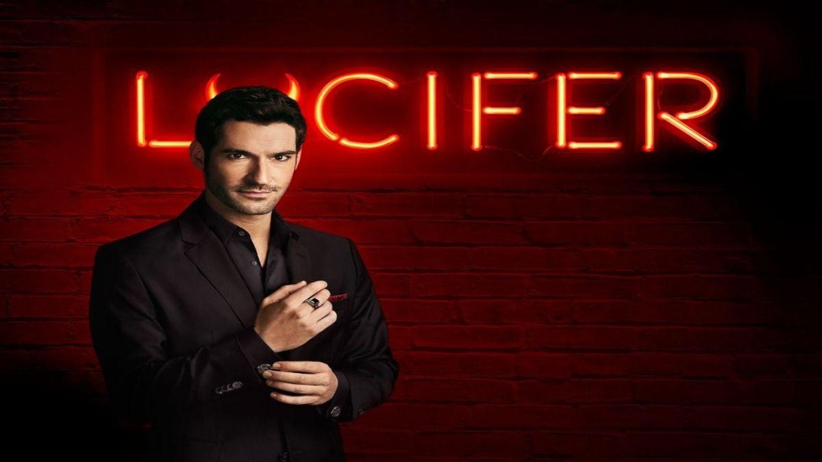 El actor Tom Ellis protagoniza la serie Lucifer