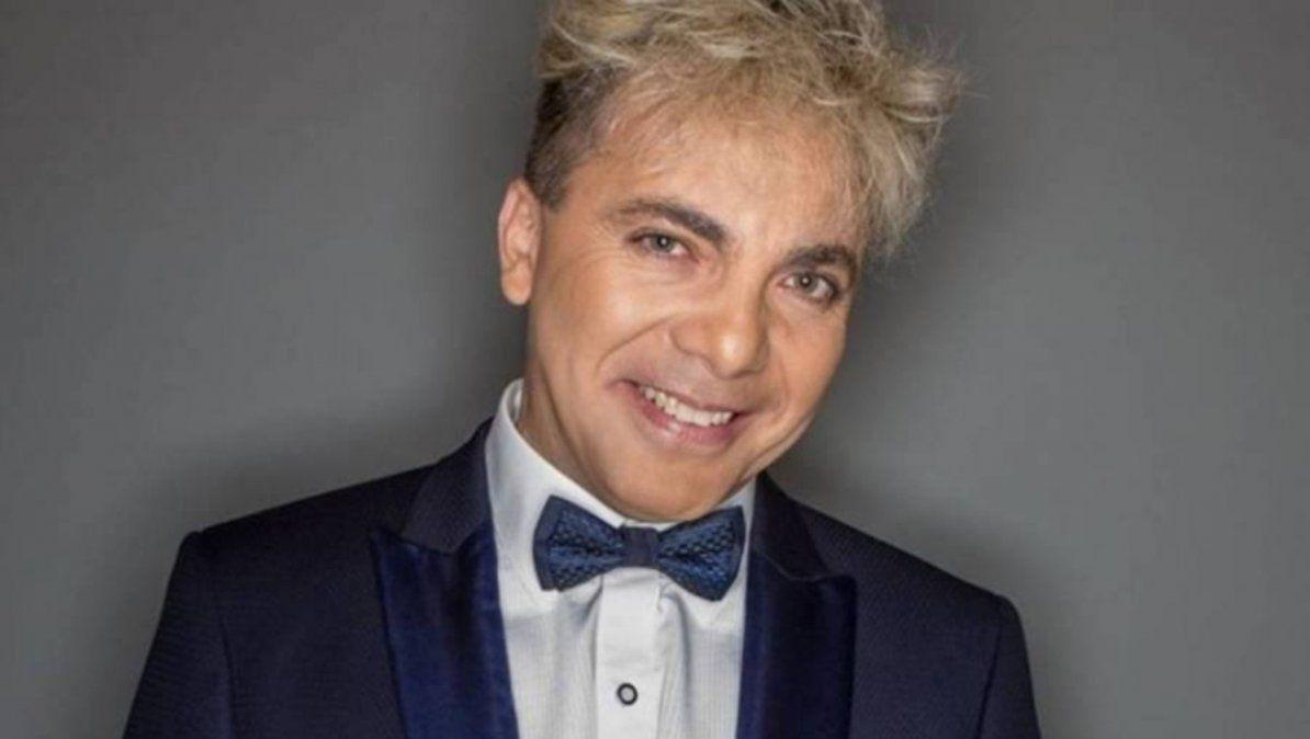 Cristian Castro venderá mamaderas para adultos
