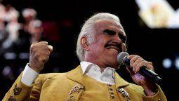 ¡Se disculpa! Vicente Fernández le pide perdón a su fan