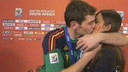 ¡Qué risa! Sara Carbonero e Iker Casillas sienten vergüenza 10 años después