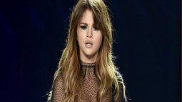 ¡Sigue la pelea! Selena Gomez no deja de denunciar a Facebook