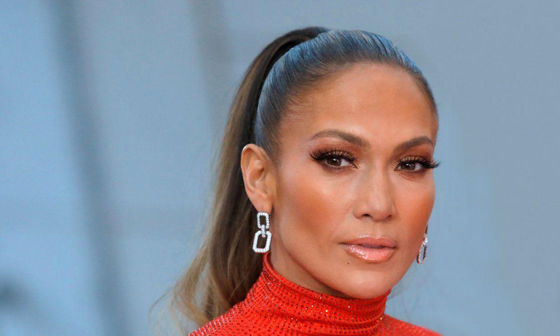 ¡Lo que le faltaba! Jennifer Lopez también tendrá línea de cosméticos