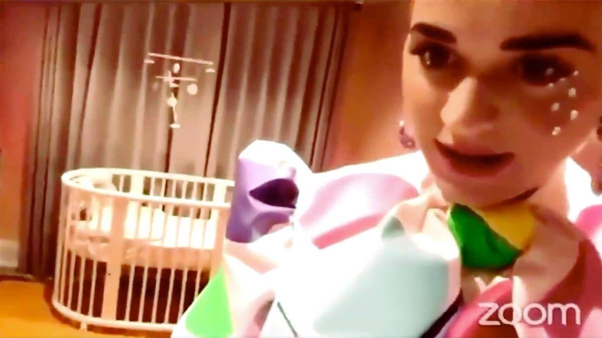 ¡Una madre moderna! Katy Perry y su estrategia para ser una gran mamá
