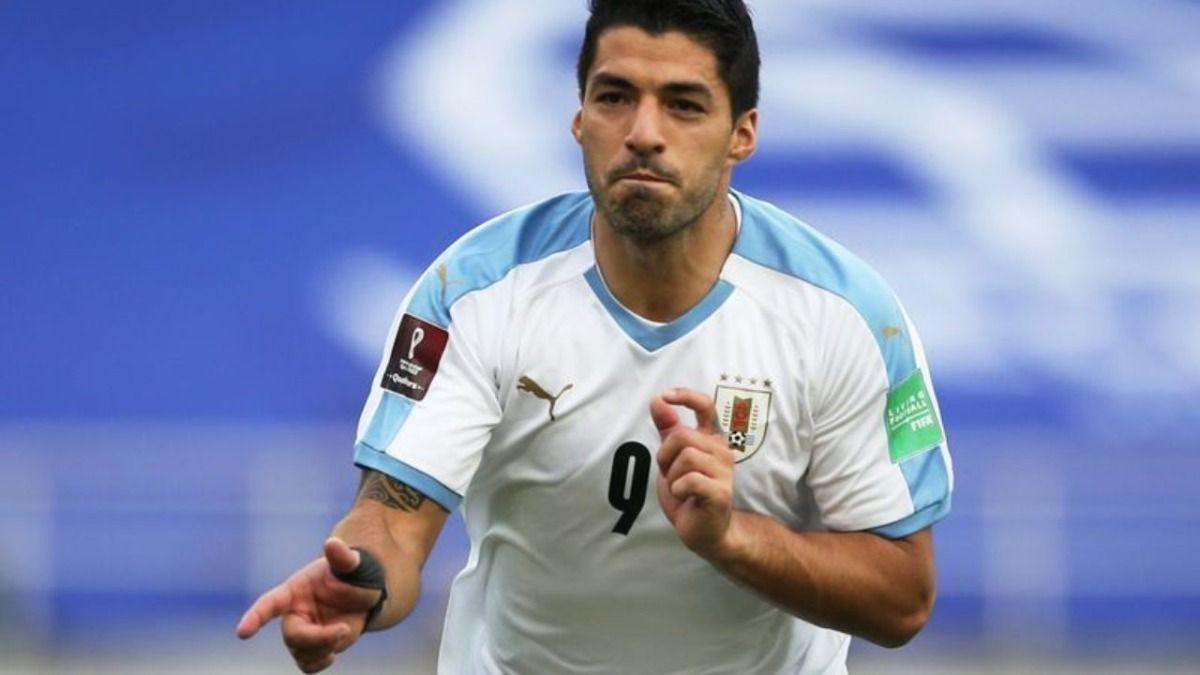 La AUF informó que el delantero Luis Suárez tiene coronavirus