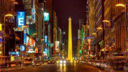 El Gobierno anunció que los bares de Buenos Aires deberán cerrar a la 1