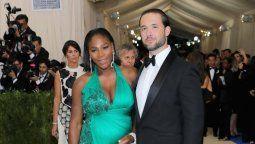 ¡Grave! Serena Williams no podía caminar luego de dar a luz