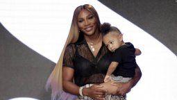 ¡Con médico personal! Serena Williams es testeada por su propia hija