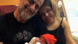Morena junto a su hijoFrancesco Benicio y su padre, el presentador jorge Rial
