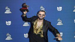 ¡La nueva sensación! Mike Bahía se ganó el Grammy Latino por Mejor Nuevo Artista