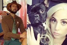 ¡La pasó mal! Lady Gaga sufrió por sus perritos
