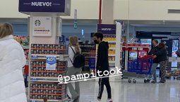Se filtró una nueva foto de Laurita Fernández y Nicolás Cabré, esta vez haciendo compras