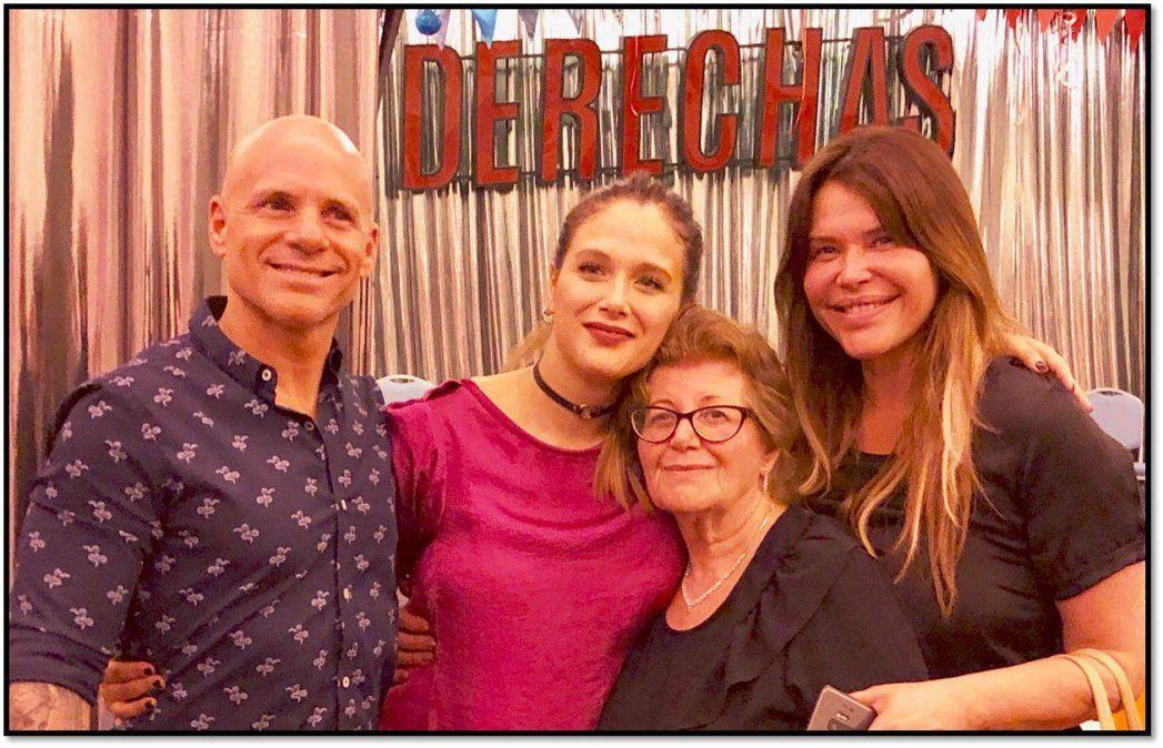Nazarena Vélez y Reina Reech sorprendieron a Barbie y Juana en el estreno de Derechas en Mar del Plata
