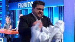 Darío Barassi traicionado por la producción de 100 Argentinos Dicen