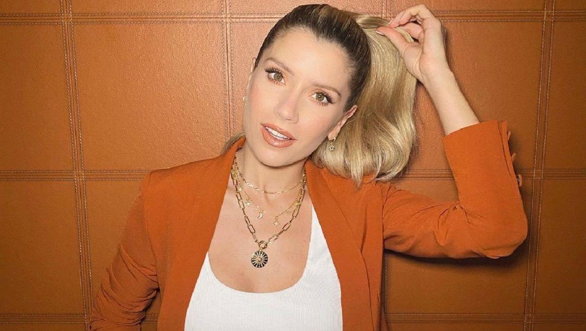 ¿Laurita Fernández tendría una pareja abierta?