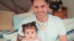 ¡Impresionante! Juan de Dios Pantoja compara una foto de su infancia con una de Kima