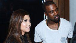 Critican a Kourtney Kardashian por apoyar a Kanye West