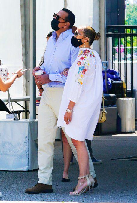 ¡Hermosa y elegante! Jennifer Lopez se ve bien de todas las formas