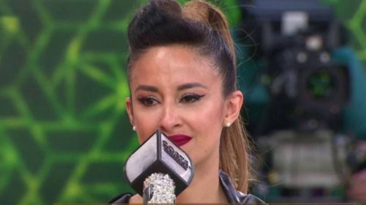 Lourdes Sánchez se emocionó hasta las lágrimas