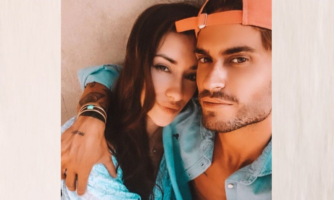 Adara Molinero y Rodri Fuertes se demuestran su amor en plena madrugada