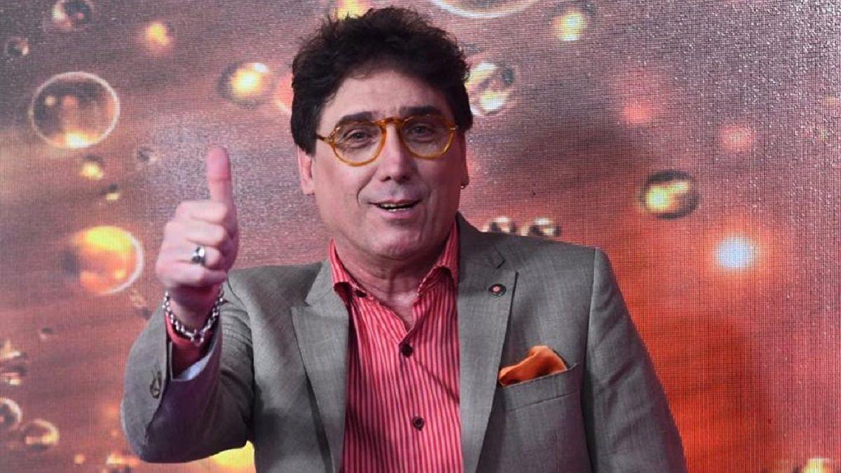 Oscar Mediavilla reveló que Karina la Princesita fue a su estudio con el papá del Kun Agüero