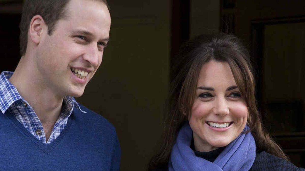 La extraña razón por la que el príncipe William y Kate Middleton visten de azul