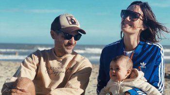 Paula Chaves y Pedro Alfonso se fueron de vacaciones