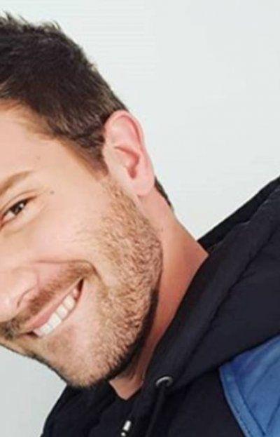 ¡No se aguantó! Maxi Iglesias impactado con foto de Pablo Alborán