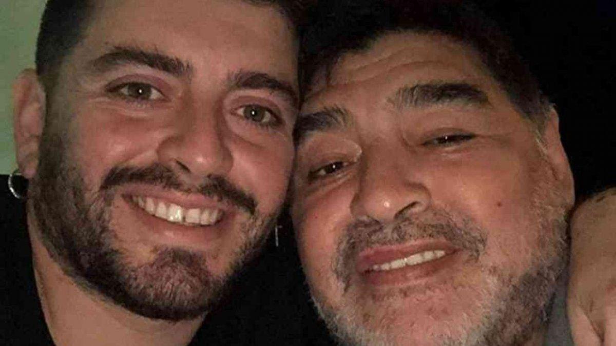 El hijo italiano de Diego Maradona tiene coronavirus