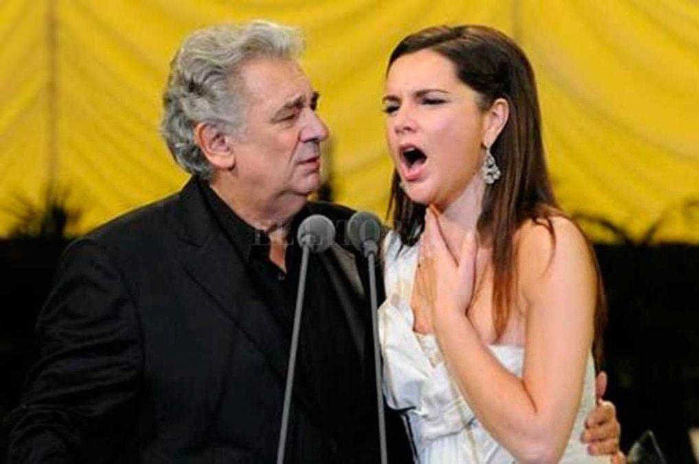 Frente a las denuncias de acoso sexual, una soprano argentina defendió a Plácido Domingo