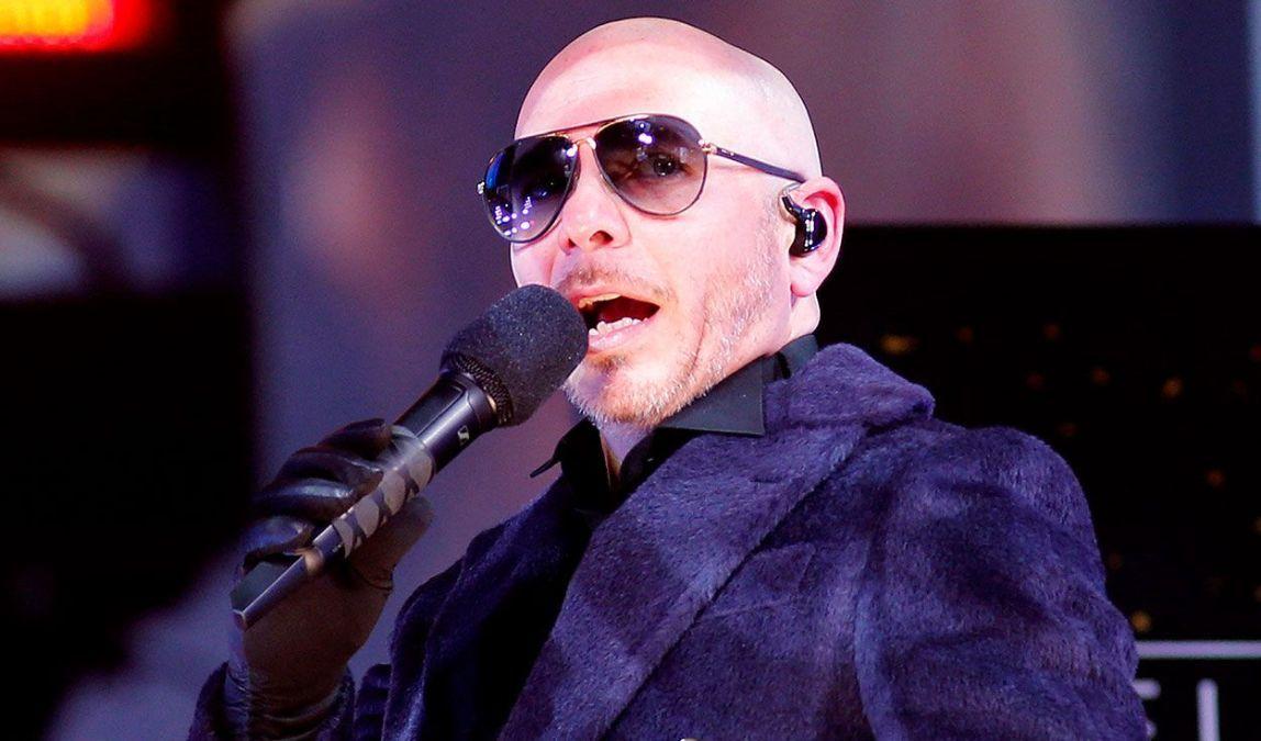 El cantante Pitbull pidió a la comunidad internacional que se solidarice con Cuba