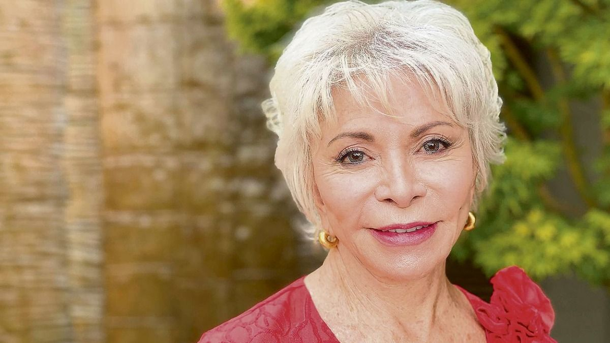 Isabel Allende dijo que la serie que estrenará Amazon expresa muchos aspectos emocionales que no son capaces de expresarse por escrito