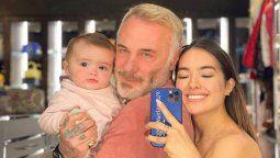 ¡Felices! Gianluca Vacchi y Sharon Fonseca reaparecieron con su hija