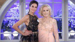 Juana Viale junto a su abuela Mirtha Legrand
