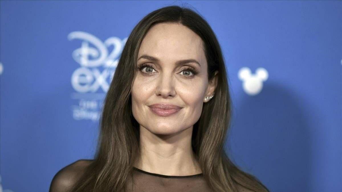 ¡Jamás! Pasan los años pero Angelina Jolie no pasa de moda