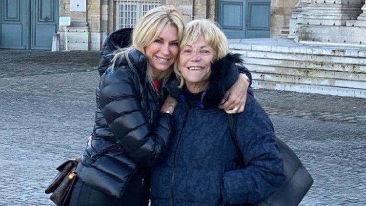 Latorre junto a su madre