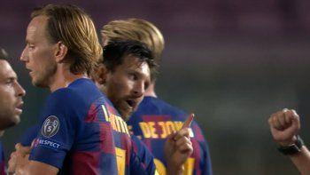 Lionel Messi: Lo que hizo al final del partido contra el Napoli