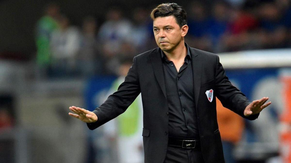 En el listado de jugadores de River Plate que presentó Gallardo no figura Nacho Fernández