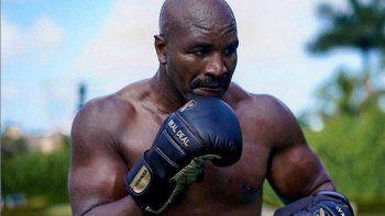 Evander Holyfield ya está negociando una tercera pelea con Mike Tyson