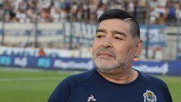 Italia despide a Diego Maradona