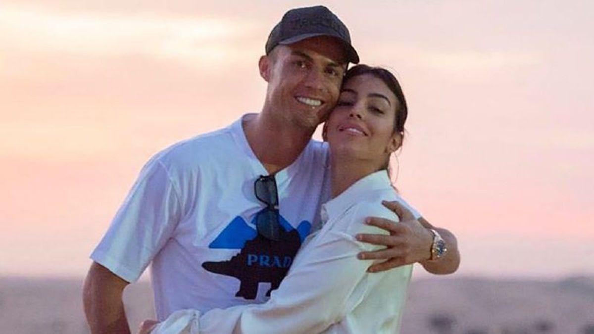 ¿Sí a qué? La novia de Cristiano Ronaldo y su incógnita