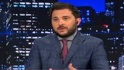 El periodista Diego Brancatelli cruzó a los que no creen en la vacuna rusa