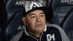 Le robaron todo: en Los ángeles de la mañana aseguraron que vaciaron la caja fuerte de Diego Maradona