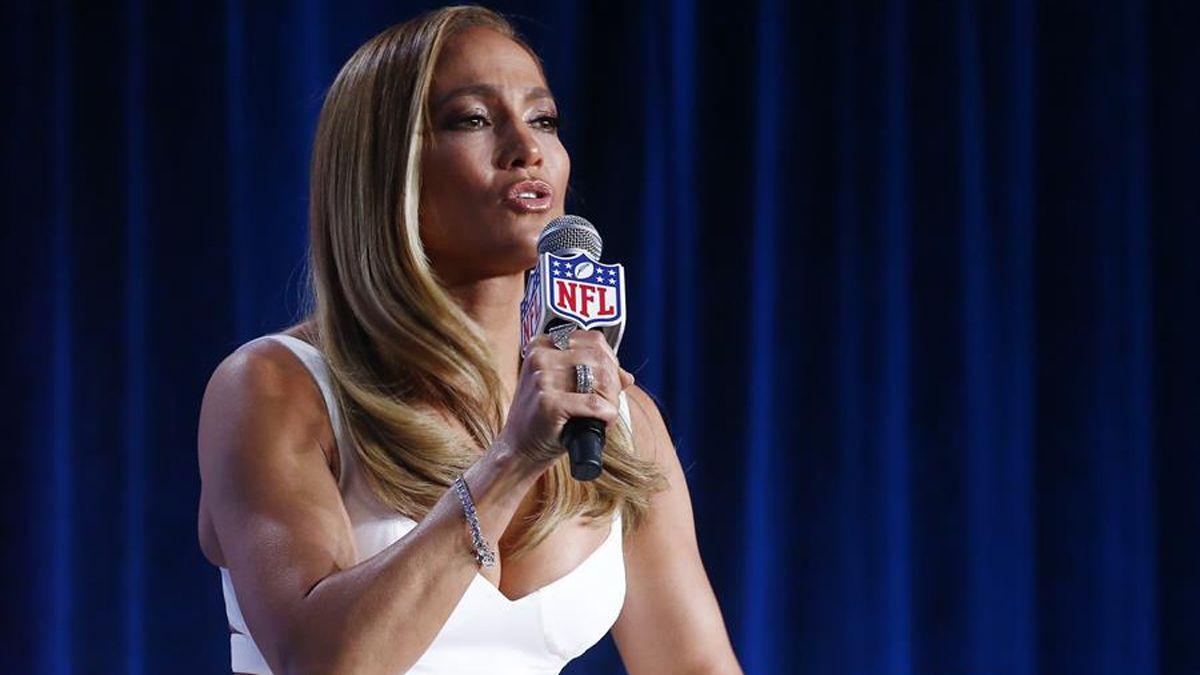 Jennifer Lopez se une a campaña que insta a latinas a votar en noviembre