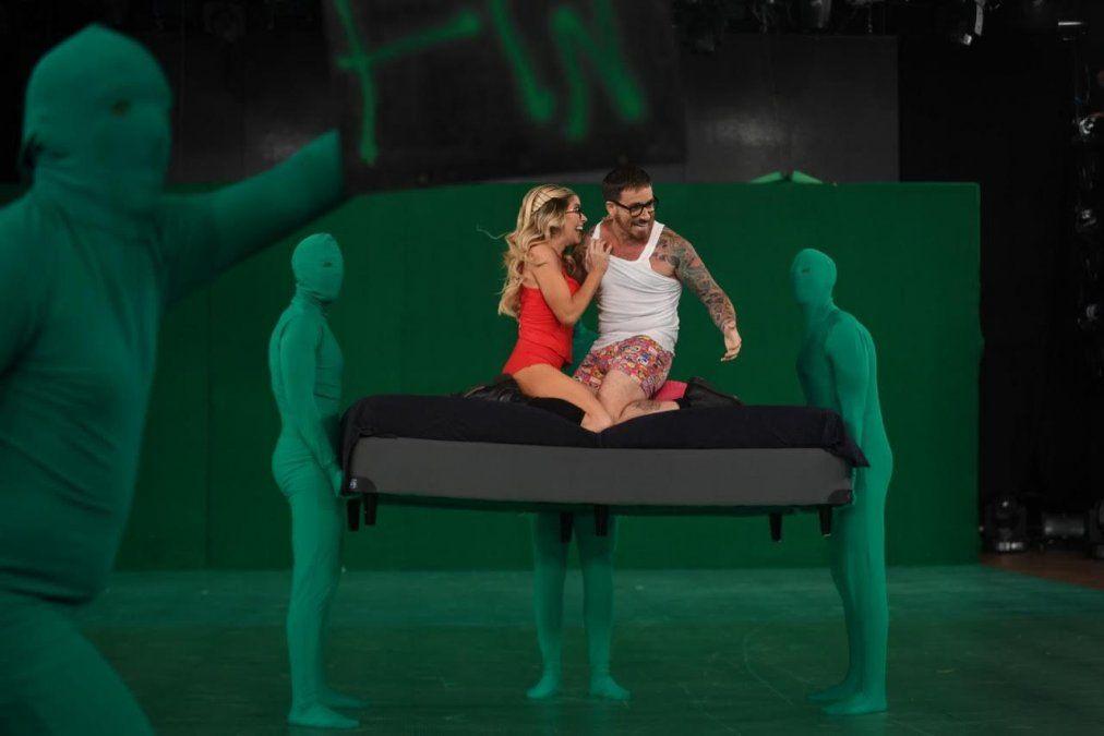 Fede y Laurita usaron efectos especiales en el baile y llovieron las críticas, incluso de Tinelli