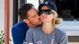 ¡Va en serio! Paris Hilton ya cumplió un año con su novio