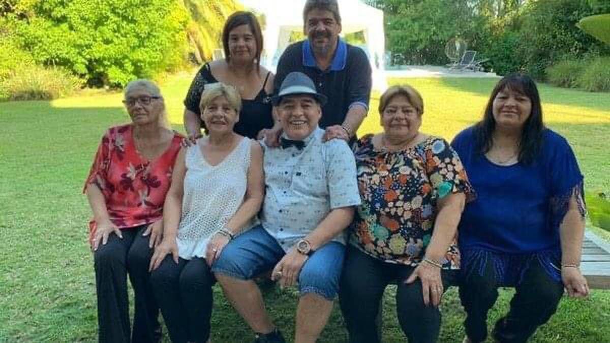 Las hermanas de Diego Maradona serán representadas por Matías Morla