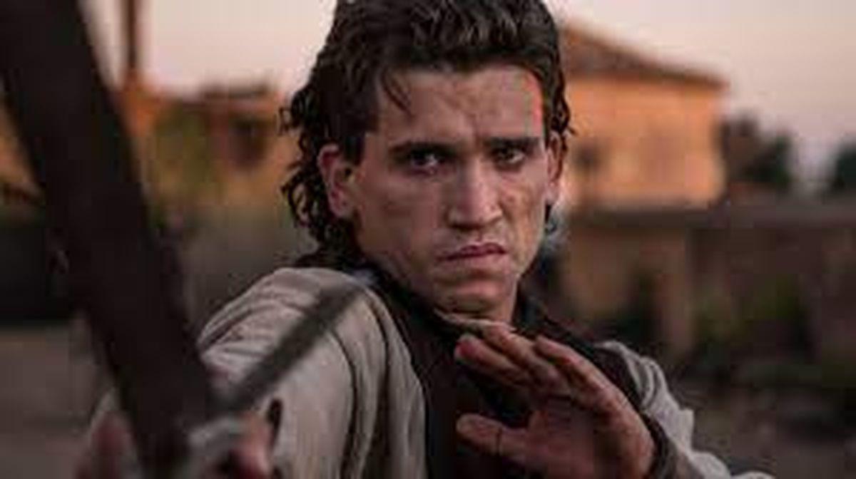 Jaime Lorente emociona en el trailer de El Cid