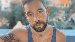 Agustín Sierra se desnudó al aire de La Jaula de la Moda